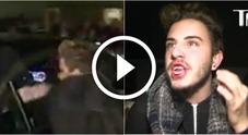 Justin Bieber, il fan si avvicina troppo: il cantante lo colpisce con un pugno