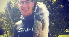 Sub di 19 anni trovato morto in mare a Latina: era scomparso da ieri sera