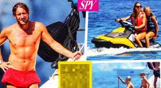 Francesco Totti e Ilary Blasi, vacanze in famiglia e tanti bagni a Ponza