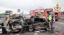 Auto a fuoco dopo schianto: 4 morti carbonizzati
