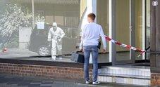 Tre persone uccise a colpi di balestra e altri due cadaveri ritrovati, giallo in Baviera