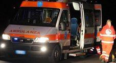 Auto contro un palo: morti due ragazzi di 15 e 17 anni, ferita una 14enne. Arrestato il giovane che guidava