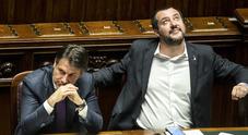 Gelo tra Salvini e Conte, il ministro: «Altro che a prenderli con l'aereo! A casa»