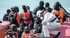 Polveriera Libia: 400 mila profughi sono pronti a partire