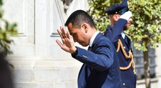 Di Maio torna all'attacco: «Lo Stato non accetta elemosine»