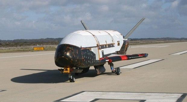L'aereo misterioso che vola da due anni senza una spiegazione ufficiale