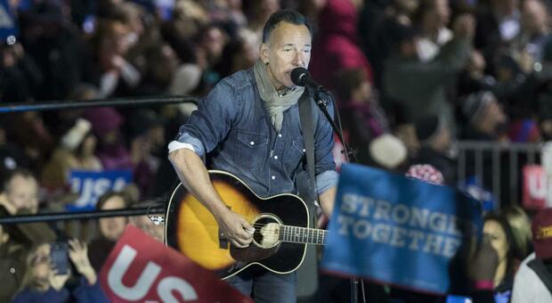 Bruce Springsteen, il suo show a Broadway solo per i vaccinati: «Ma non con AstraZeneca»