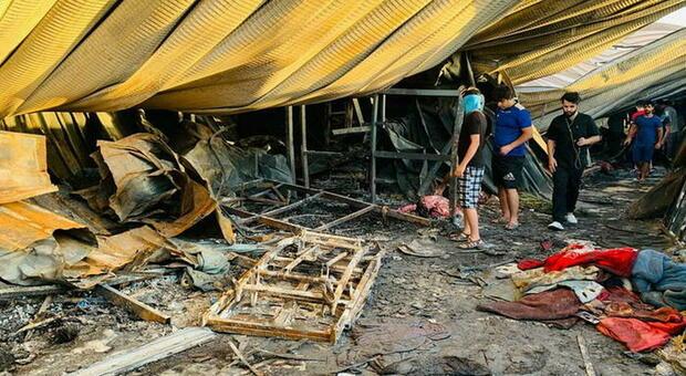 Iraq, forte esplosione nel mercato di Baghdad