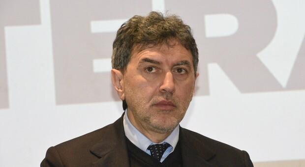 Abruzzo, la gaffe di Marsilio: «Siamo bagnati da tre mari ma non abbiamo un'Autorità portuale»