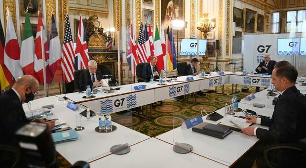 Covid, paura al G7 di Londra: due funzionari indiani positivi, tutta la delegazione in isolamento