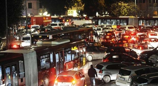 Lazio-Eintracht, traffico paralizzato in tutta la città