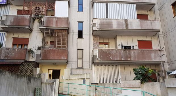 L ascensore rotto disabile prigioniera in casa - Ascensore in casa ...