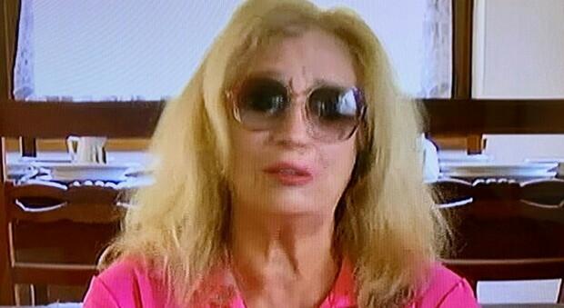 """Durante la sua sua partecipazione al programma di Canale 5 """"Morning News"""", Iva Zanicchi parla della perdita del fratello e scoppia in lacrime"""
