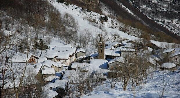 Fuga dalle città: ecco i comuni meno abitati d'Italia