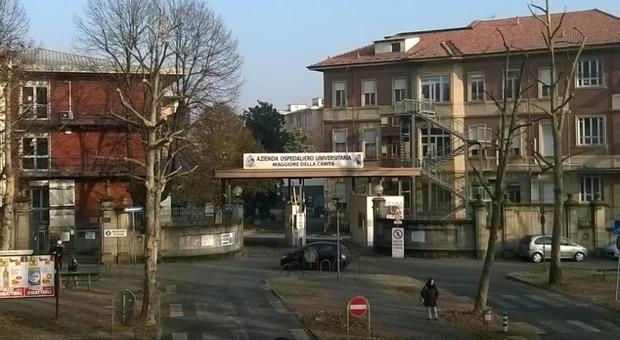 Bimbo di 2 anni arriva morto all'ospedale di Novara. Indaga la polizia