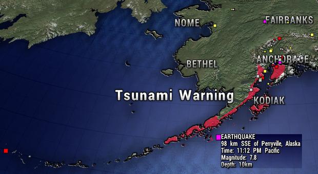 Terremoto fortissimo in Alaska, scossa di 7.8: è allerta tsunami