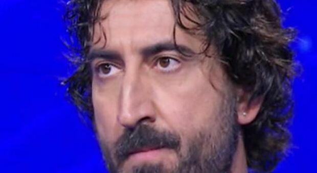 L'Eredità, Massimo continua il suo ciclo di vittorie, sbaraglia i concorrenti e scherza con Insinna