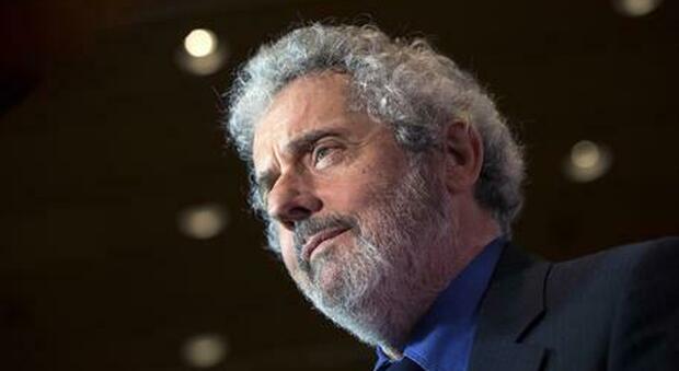 Il premio Oscar Nicola Piovani: «In ospedale per Covid per 5 settimane. Disprezzo i negazionisti»