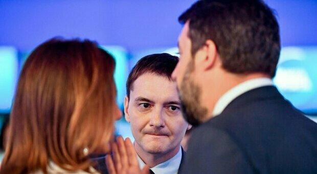 Luca Morisi, il guru della Bestia di Salvini è indagato. La procura: «Ha ceduto droga a 3 ragazzi»