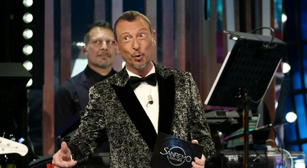 Sanremo 2021: ecco chi sono i 26 cantanti big in gara annunciati da Amadeus. Morgan grande escluso