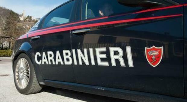 Un caso singolare: un 52enne chiama i carabinieri per farsi arrestare perchè stanca degli arresti domiciliari h24 con la suocera