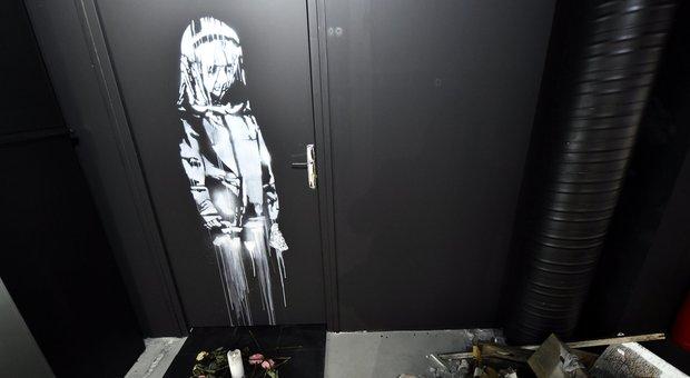 Bataclan, la porta rubata con l'opera di Banksy ritrovata in un casale in Abruzzo