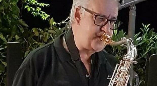 Massa Carrara, morto il medico Marco Morale: si era ammalato a dicembre. Aveva 57 anni