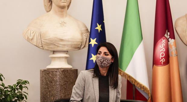 Coronavirus, Virginia Raggi chiede test salivari e sierologici per i dipendenti del Comune di Roma e per le scuole