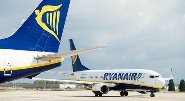 Durante un volo Ryanair un uomo di 84 anni è morto