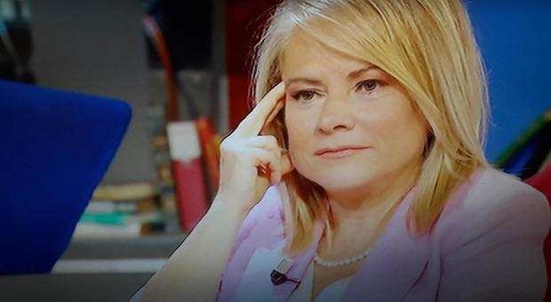Susanna Petruni, il dolore segreto a Oggi è un altro giorno: «Mi viene da piangere...». Bortone commossa