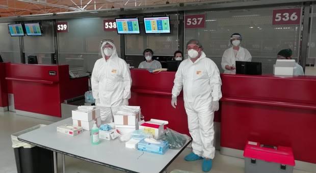 Coronavirus a Roma, nuovi casi dal Bangladesh: la Regione Lazio chiede lo stop ai voli