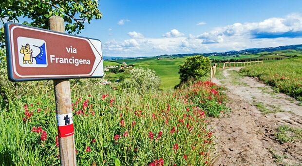 Via Francigena, al via la staffetta: l'Europa va al cuore dell'Italia