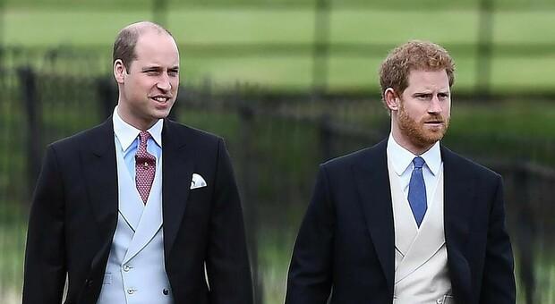 Kate Middleton, il passato del principe William dà scandalo. Il nuovo libro: «Harry non vuole più essere la 'pecora nera' della famiglia»