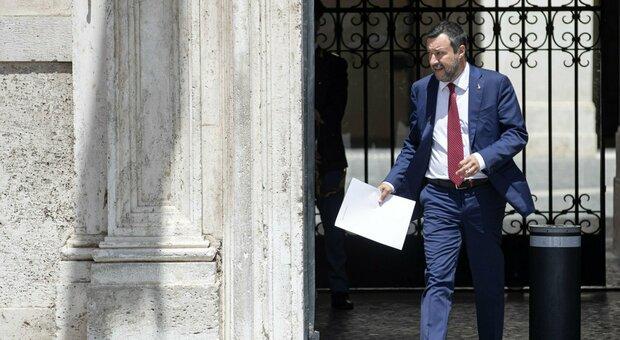 Mario Draghi e Matteo Salvini, incontro di un'ora a Palazzo Chigi: «No a nuove tasse, avanti con le riaperture»