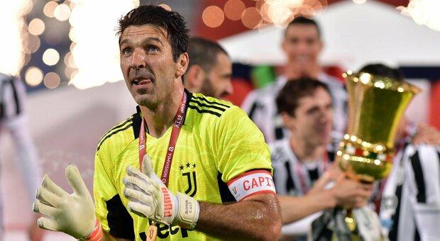 Buffon, l'addio alla Juve e ai tifosi: «Siete stati la cornice dove ho dipinto la mia storia. Grazie»