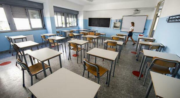 Scuola, da maggio addio Dad: lezioni in presenza al 100% nelle regioni gialle ed arancioni