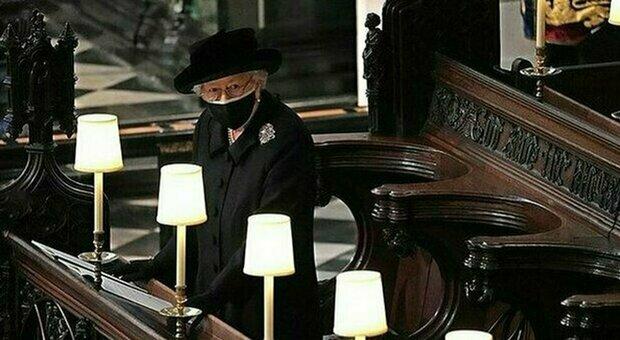 La Regina Elisabetta sola per il suo compleanno mentre Harry torna da Meghan Markle: «Non se la sente di affrontarlo»