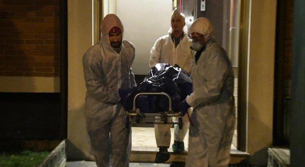 Madre e figlia trovate morte in casa: il mistero del decesso per «cause naturali»