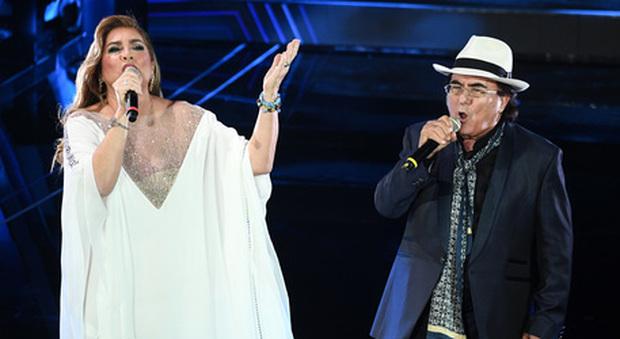 """Sul palco del programma """"Padre Pio"""", Albano e Romina si esibiscono"""