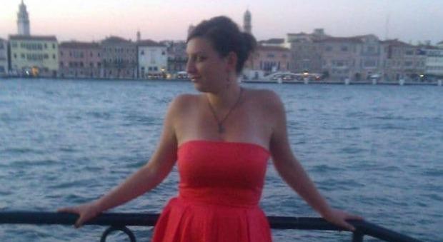 Schianto in auto dopo il turno in ospedale: Silvia muore a 32 anni. Era al suo primo incarico