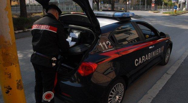 Bimbo di due anni muore travolto da un armadio in casa. Tragedia in Alto Adige