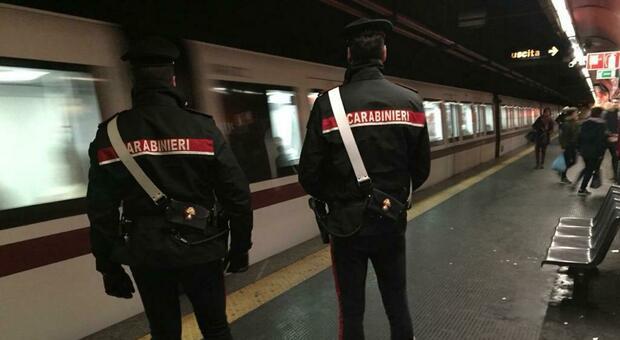 carabinieri_maniaco_metro_garbatella