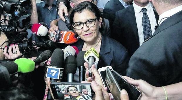 Elisabetta Trenta: «Lascerò la casa». Ma scivola sull'affitto: pagava solo 141 euro, più 173 per i mobili