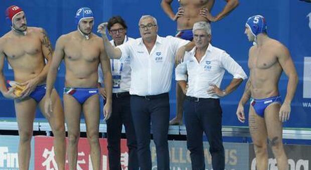 Sandro Campagna CT del Settebello assieme ai suoi ragazzi