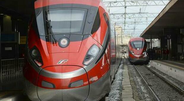 Treni Frecciarossa da Milano verso il sud sold out nel weekend: non ci sono posti