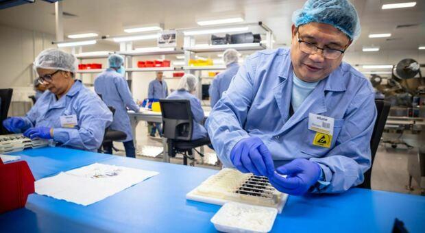 Covid, nuovo test rileva anticorpi in 10-12 secondi: utile per quantificare risposta al vaccino