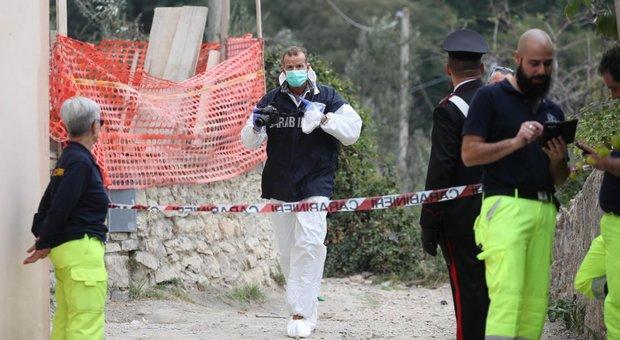 Padre e figlio uccisi a colpi di pistola: arrestato il vicino di casa