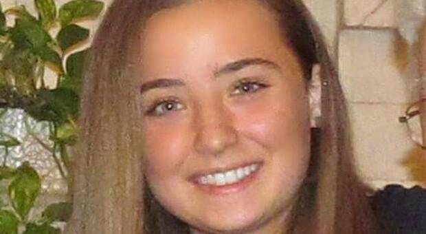 AstraZeneca, morta Camilla Canepa: la 18enne ligure colpita da trombosi dopo la prima dose di vaccino