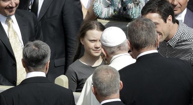Greta Thunberg, chi c'è dietro la favola green. La madre ha già pubblicato un libro