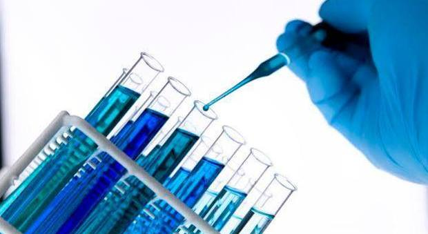 """Farmaci equivalenti e biosimilari, la chiave dell'innovazione: """"In Campania risparmiati 2,7 milioni in un anno"""""""